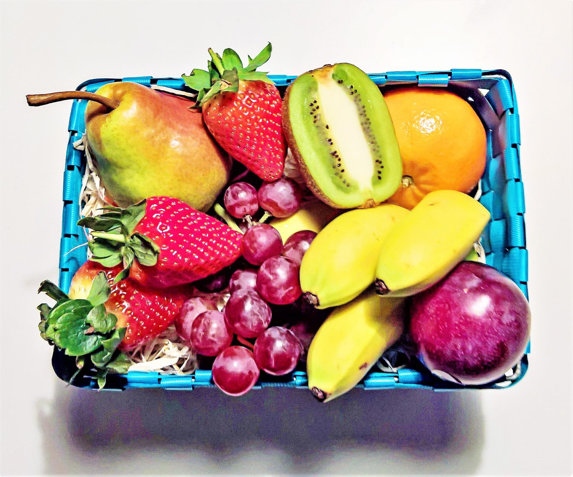 fruit-basket-2132400_1920
