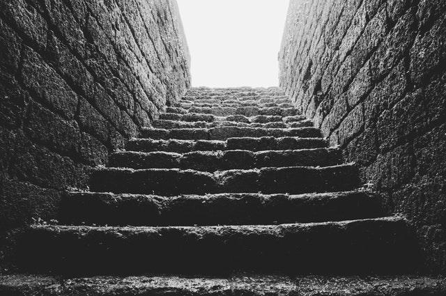 kamenné schody.jpg